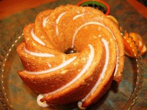 Bundt Cake de Naranja con Anacardos
